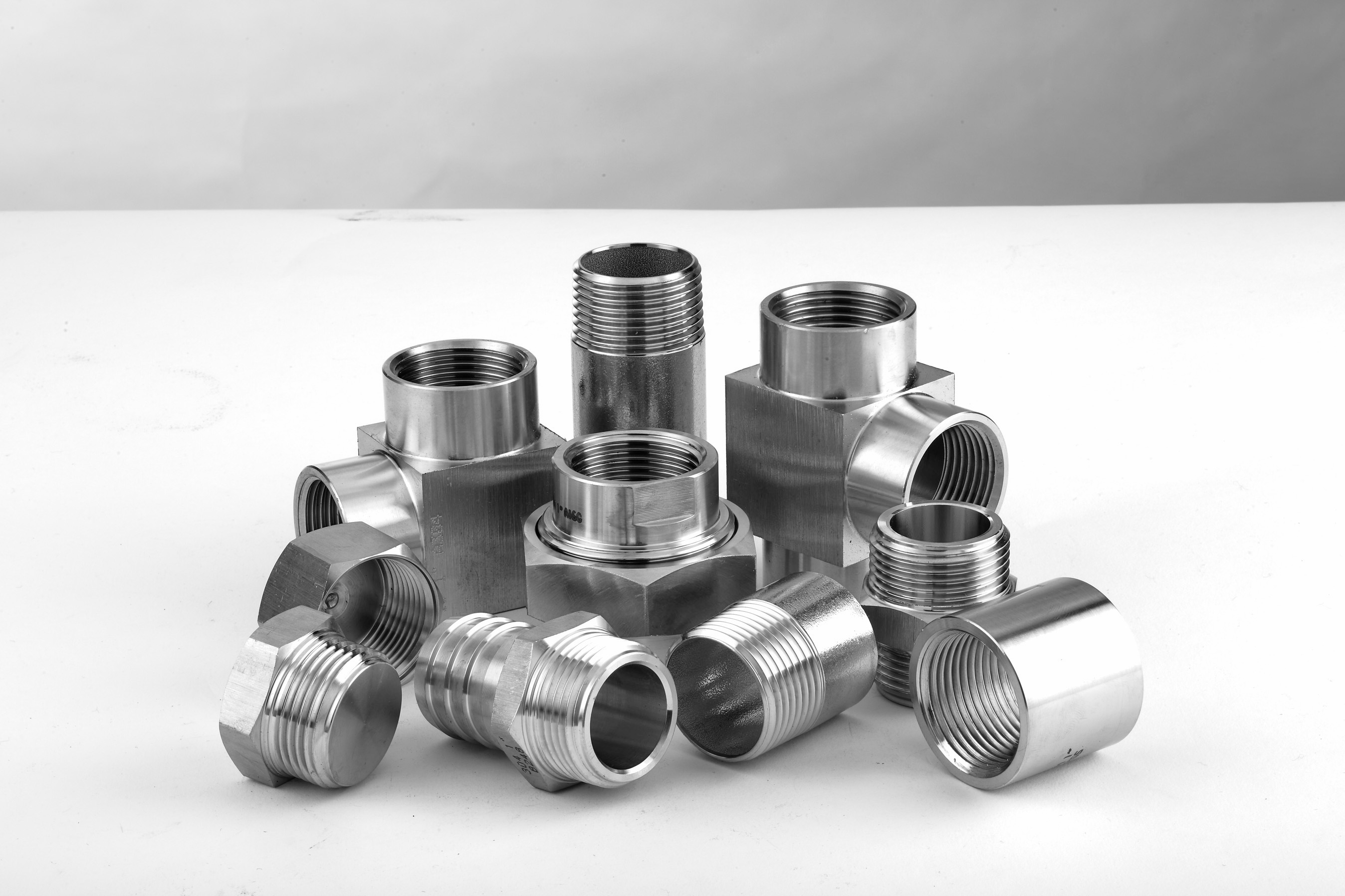 COUPLING, WELDING NIPPLES AND THREADED BAR FITTINGS